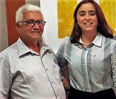 Prefeito Valdemir com a Secretária Adjunta Samanda Alves